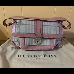 🌸AUTH BURBERRY PINK CANVAS PEITON PURSE🌸